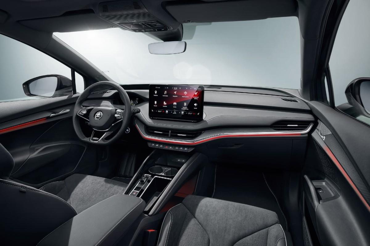 interior-skoda-enyaq-sportline-iv-80