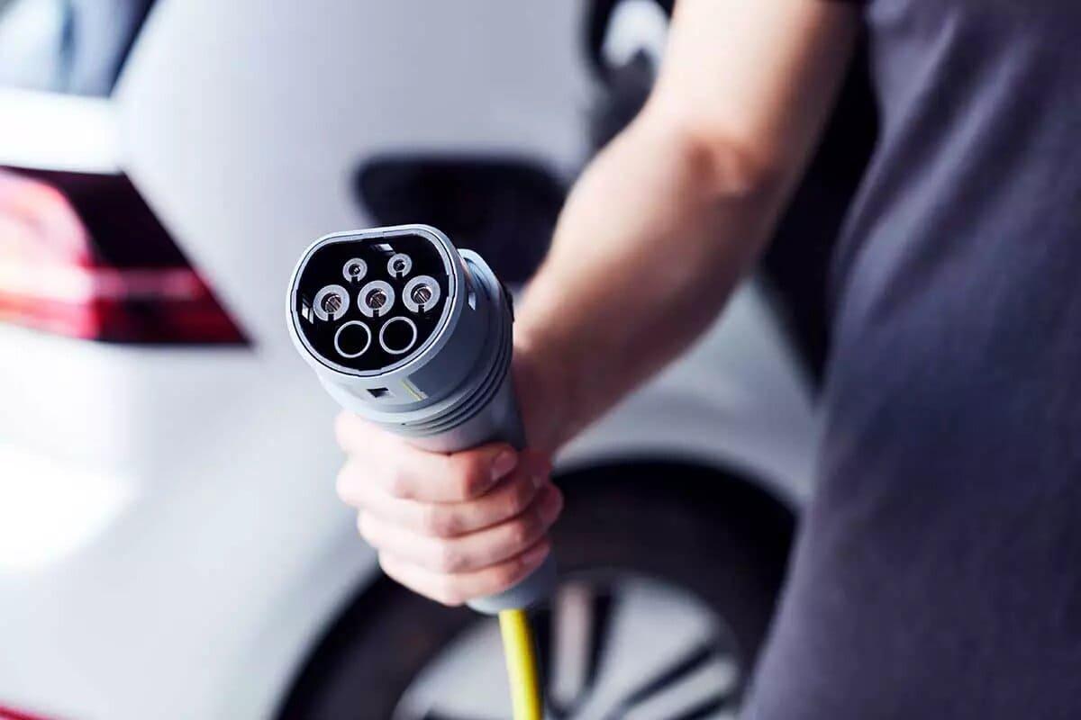 recargar-baterias-coches-electricos