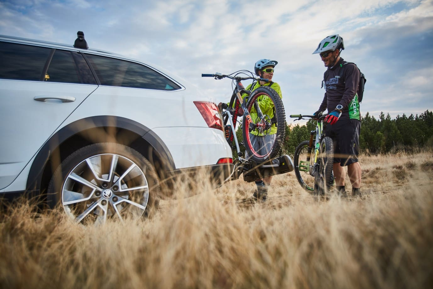 skoda-octavia-scout-ciclismo