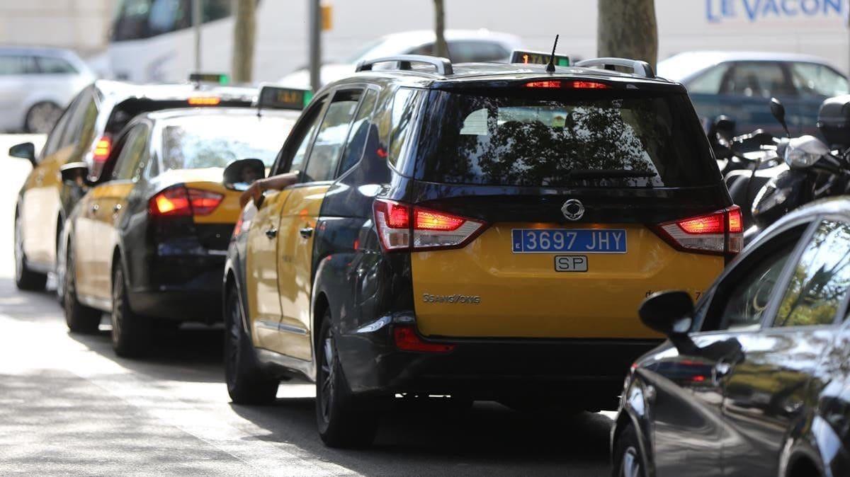 matricula-azul-taxis-yvtc-españa