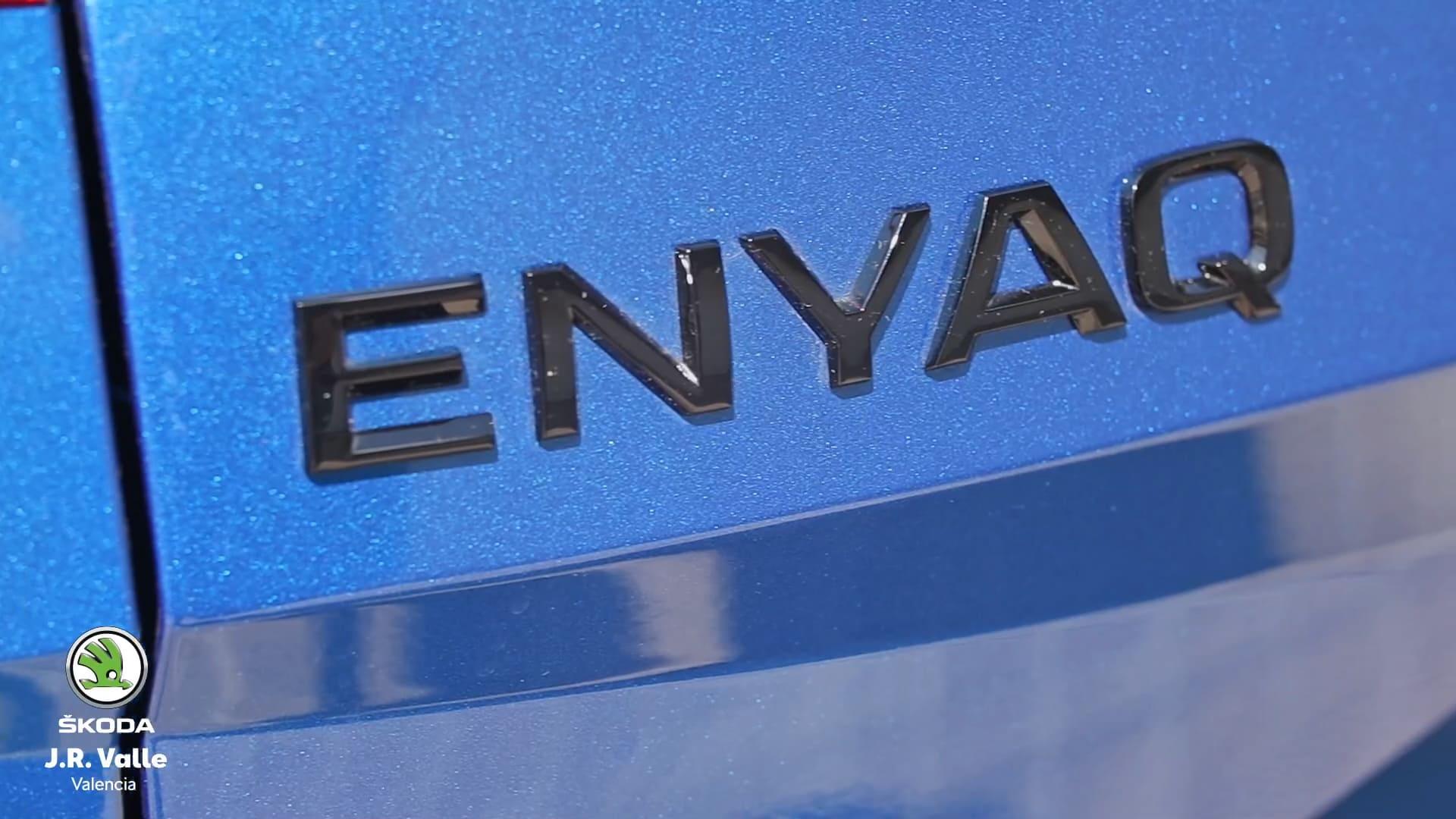 SKODA-ENYAQ-iv-80-Sportline-nombre-emblema